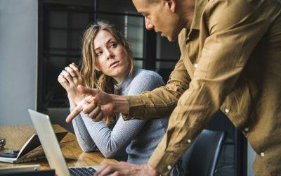 Rot vor Zorn, grün vor Neid: Über den Umgang mit Emotionen im Job